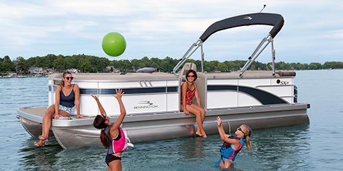 Lake Travis Pontoon Boat Rental